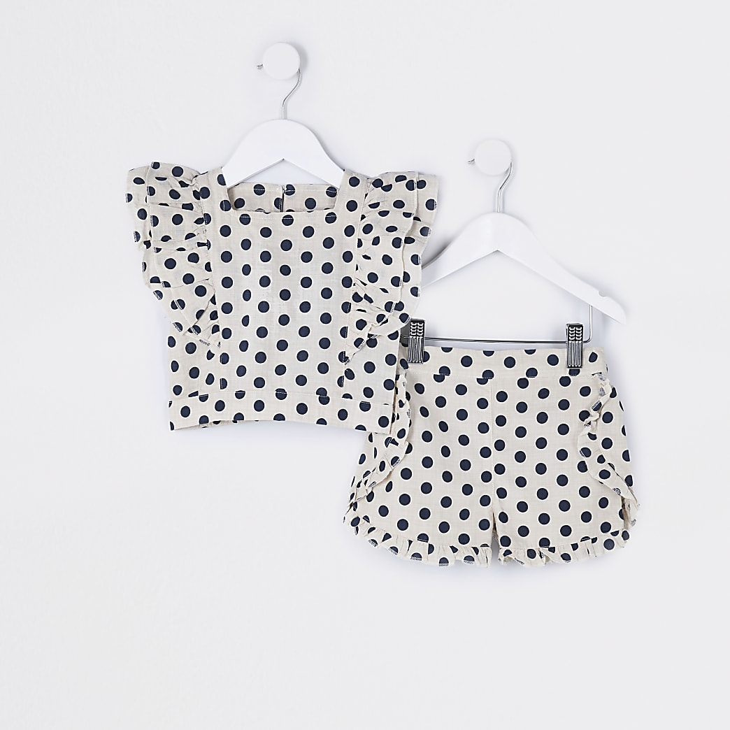 Mini girls beige spot print shorts outfit