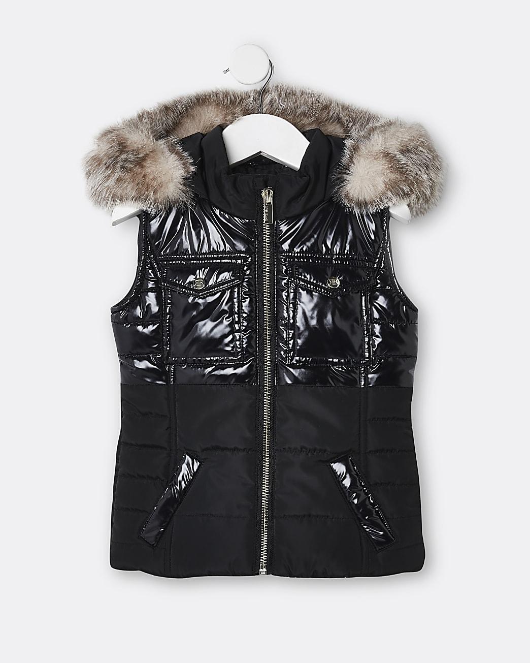 Mini girls black faux fur hooded gilet