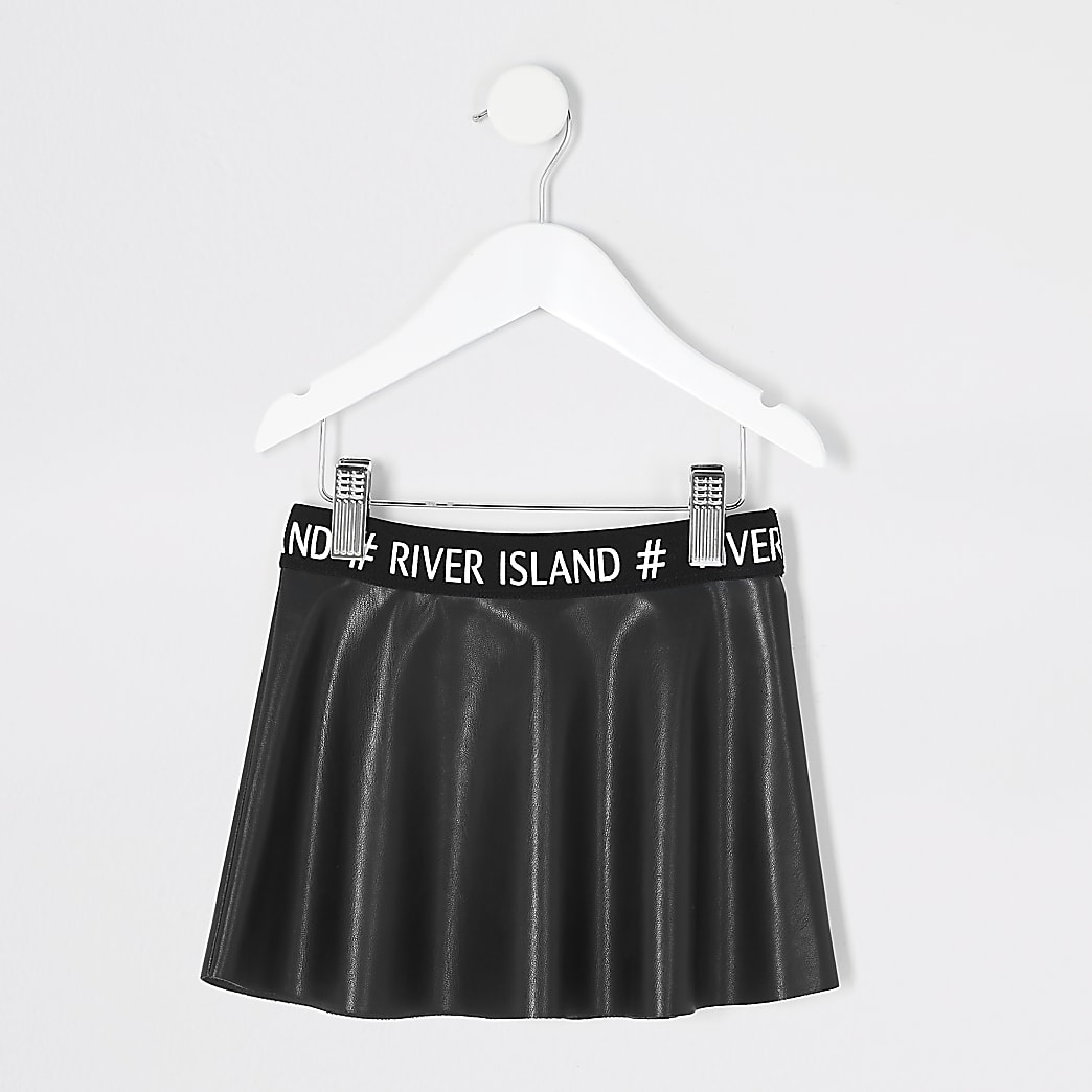 Mini girls black faux leather skater skirt