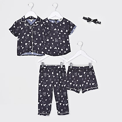 Mini girls black heart sleepover set