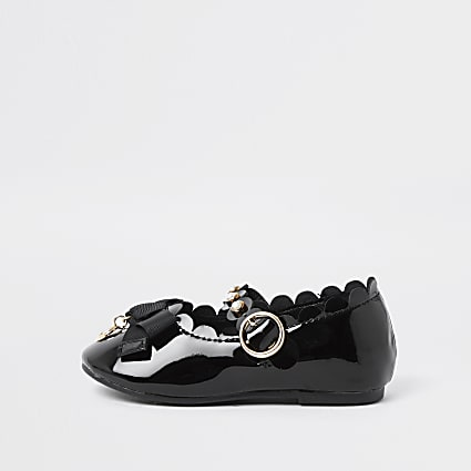 Mini girls black patent ballerina pump shoe