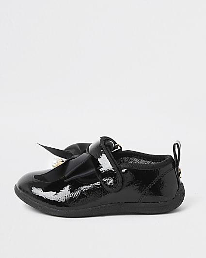 Mini girls black patent bow shoe
