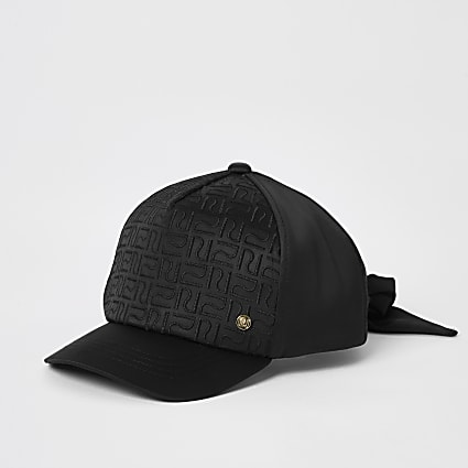 Mini girls black RI monogram satin cap