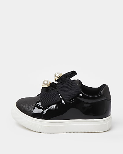 Mini girls black RIR bow plimsoles