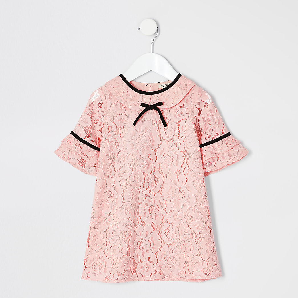 Mini girls coral lace shift dress