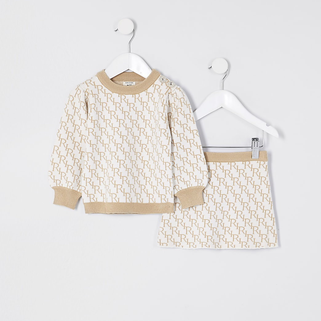 Mini girls cream knit monogram skirt outfit