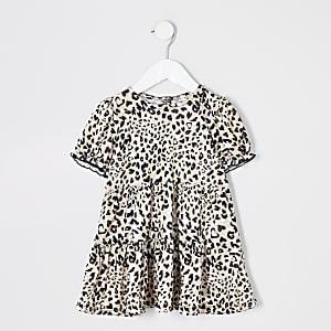 Mini – Gesmoktes Kleid mit Leoprint in Creme