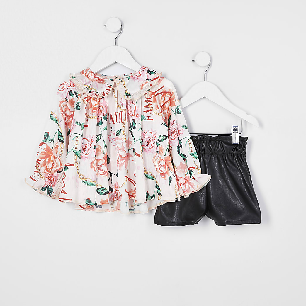Mini girls floral print top and shorts outfit