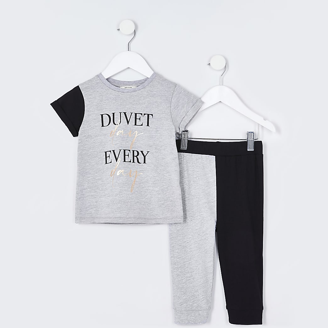 Mini girls grey 'Duvet day' pyjama set