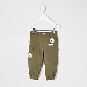 Pantalon de jogging kaki orné de badges Mini fille