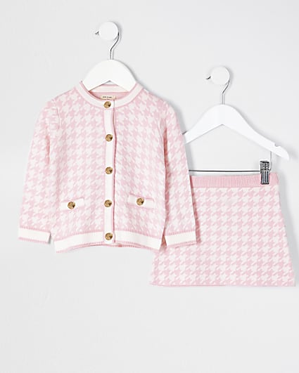 Mini girls pink dogtooth cardigan outfit