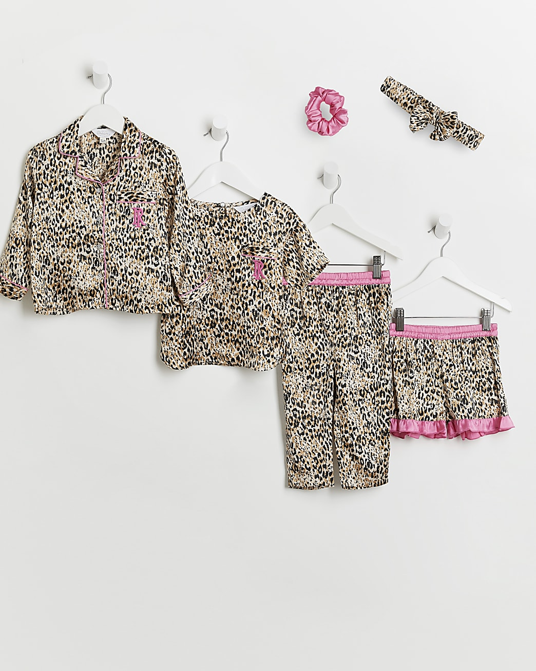 Mini girls pink leopard print sleepover set