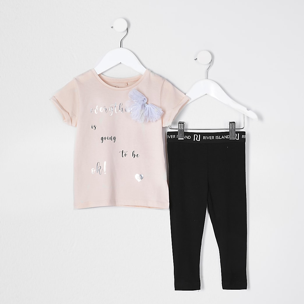 Mini girls pink t-shirt and leggings outfit