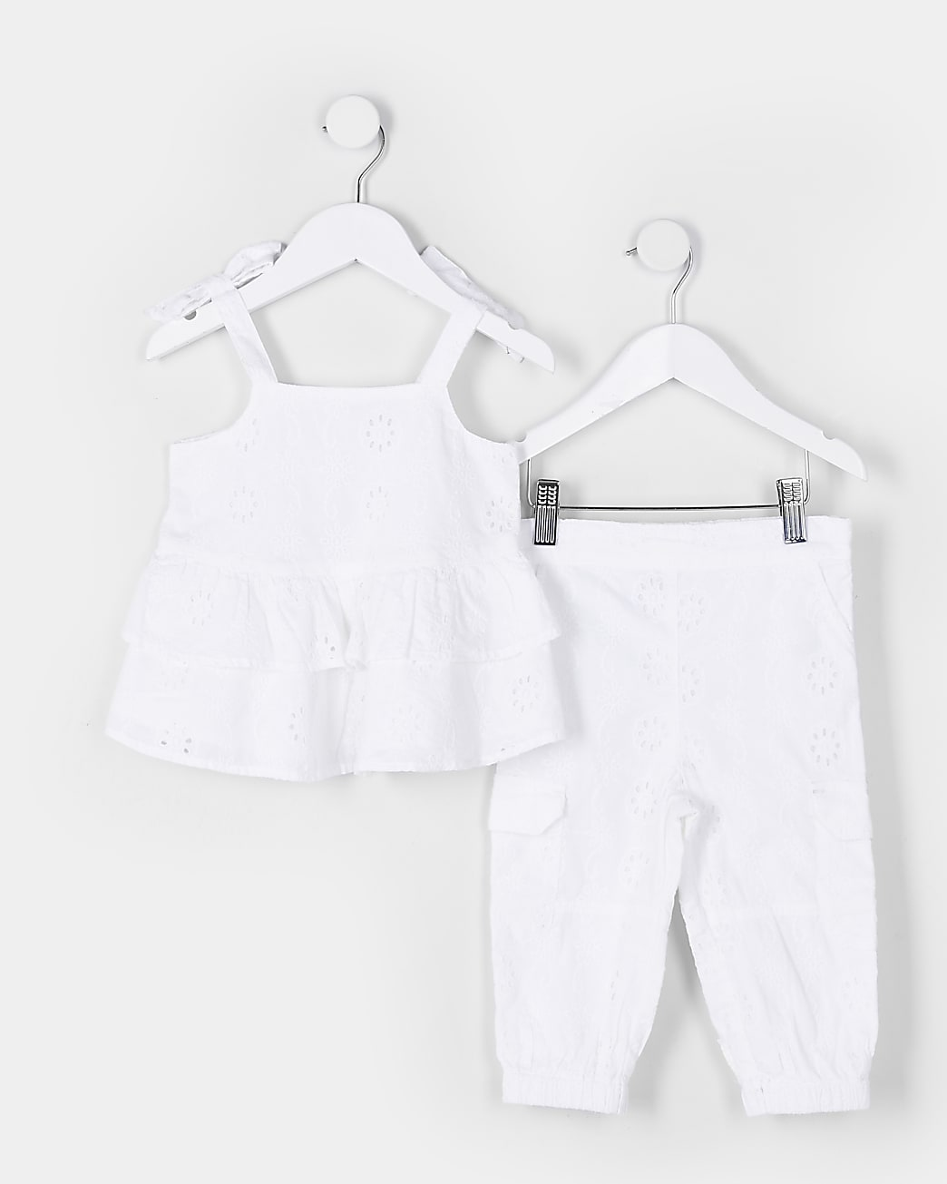 Mini girls white broderie cami top outfit