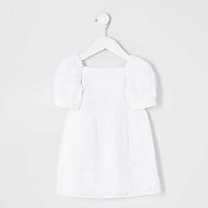 Mini – Weißes Lochstickerei-Kleid mit Puffärmeln