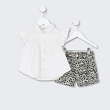 Mini girls white frill shirt and short set