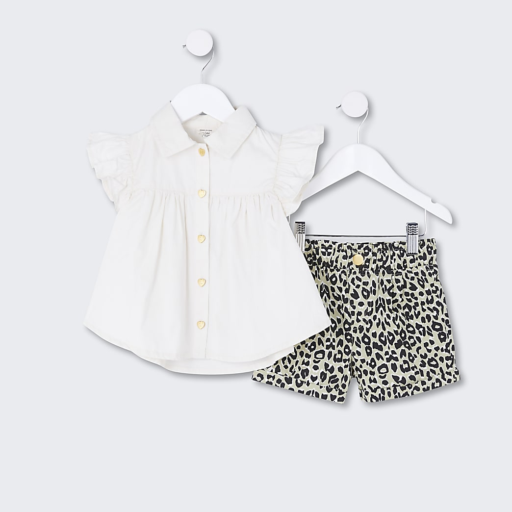 Mini girls white frill shirt and short set
