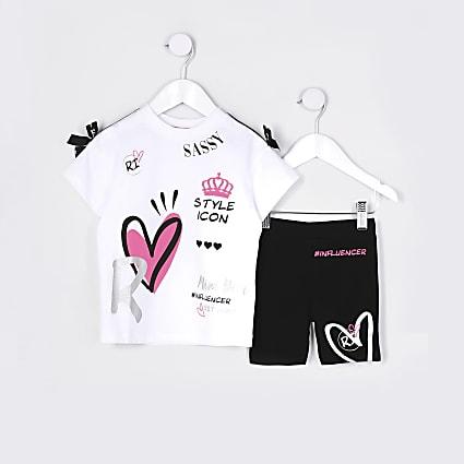 Mini girls white graffiti t-shirt outfit