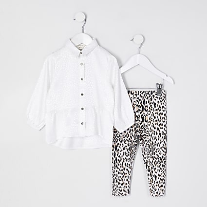 Mini girls white peplum hem shirt outfit