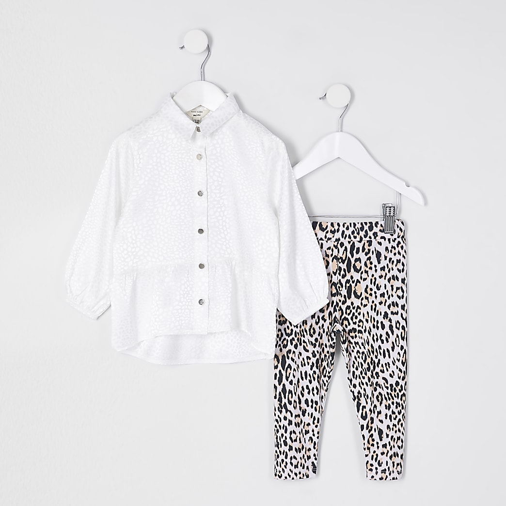 Mini girls white peplum hem shirt outfit