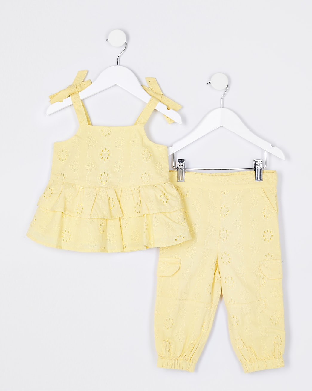 Mini girls yellow broderie cami top outfit