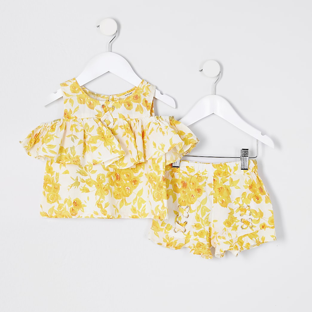 Mini girls yellow floral print short set