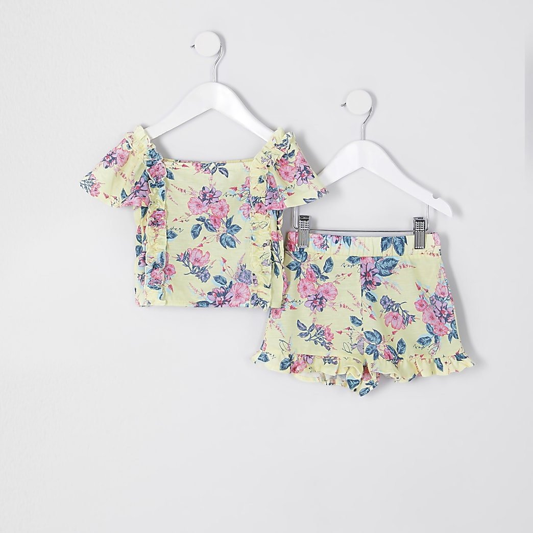 Mini girls yellow flower short outfit