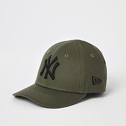Mini kids New Era NY curved peak hat