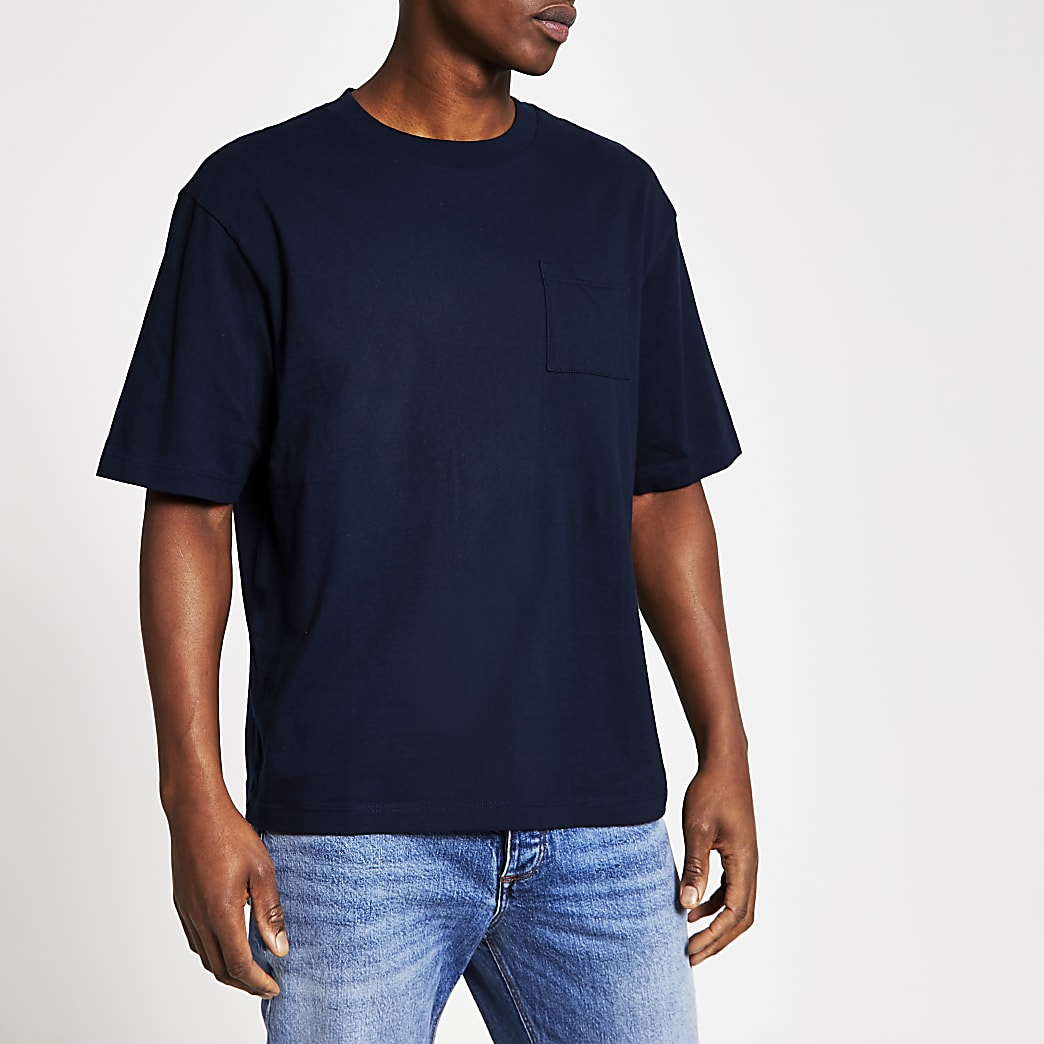 Marineblauw slim-fit T-shirt met borstzakje