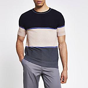 Marineblauw gebreid slim-fit T-shirt met kleurvlakken