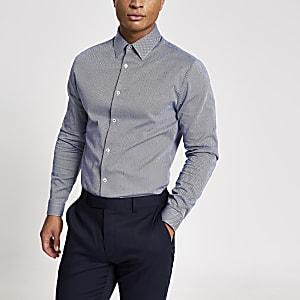 Langärmeliges Slim Fit Hemd mit Fischgrätenmuster in Marineblau