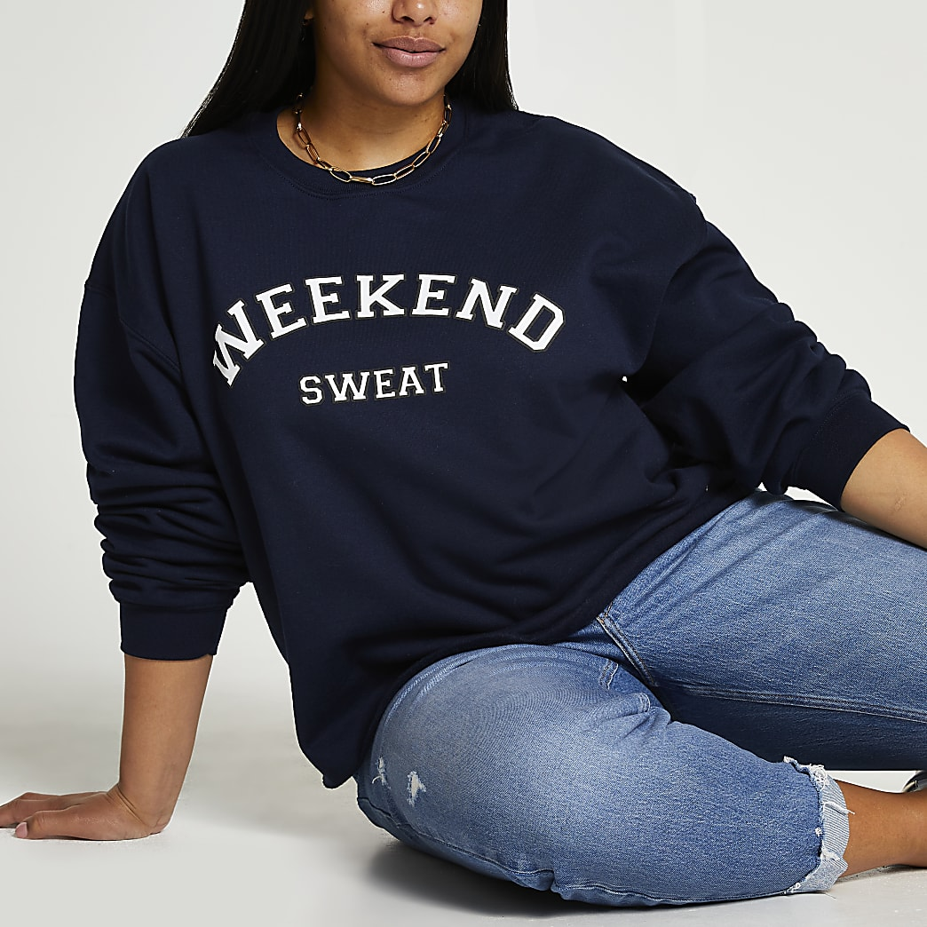 Navy long sleeve weekend sweatshirt