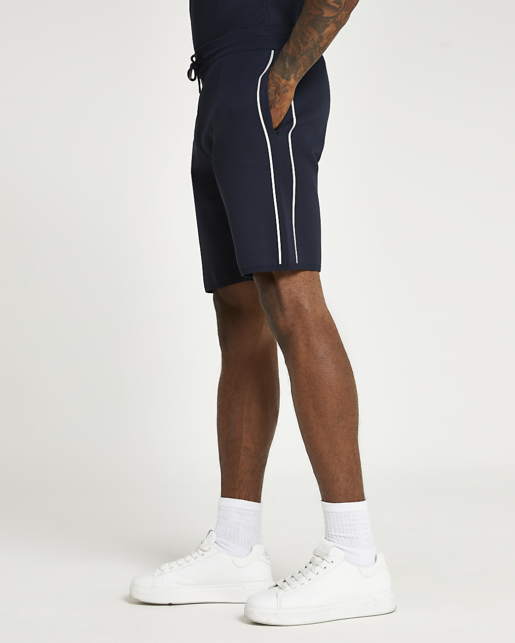 Navy slim fit side piped shorts