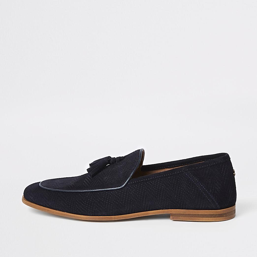 Marineblauwe loafers met brede pasvorm en kwastje op de voorkant