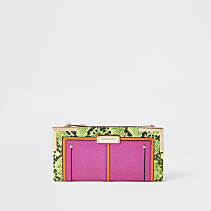Neon pink metal corner purse