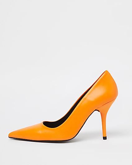 Orange court heel shoes
