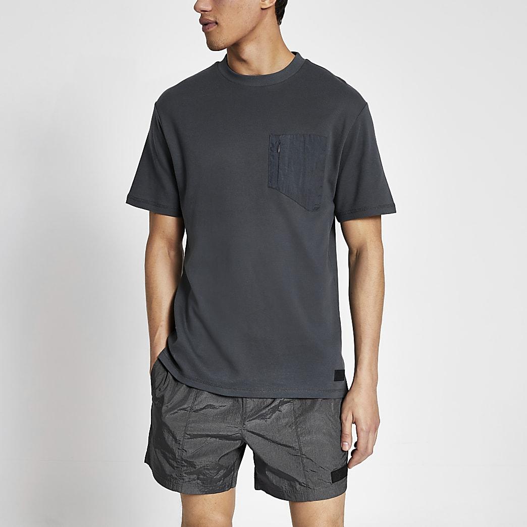Pastel Tech - Grijs nylon T-shirt met zak