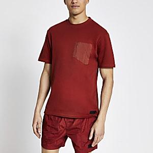 Pastel Tech – Rotes T-Shirt mit Nylon-Brusttasche