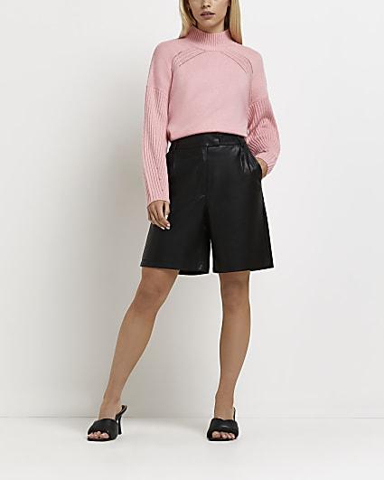 Petite black faux leather bermuda shorts