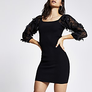 Petite - Zwarte jurk met bloemenprint en organza mouwen
