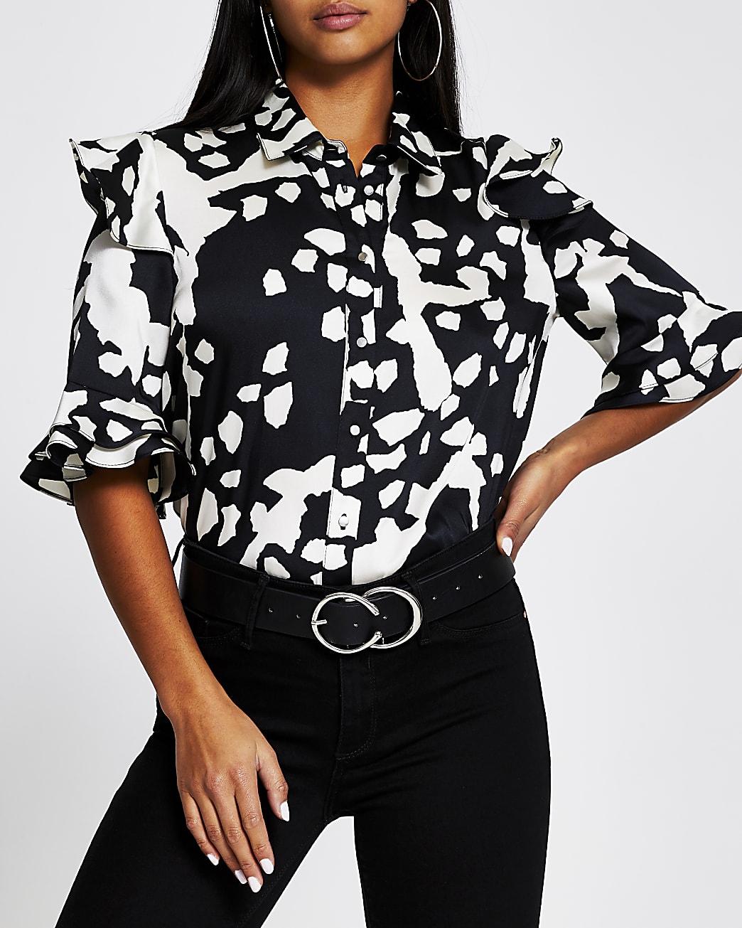 Petite black short sleeve animal print shirt