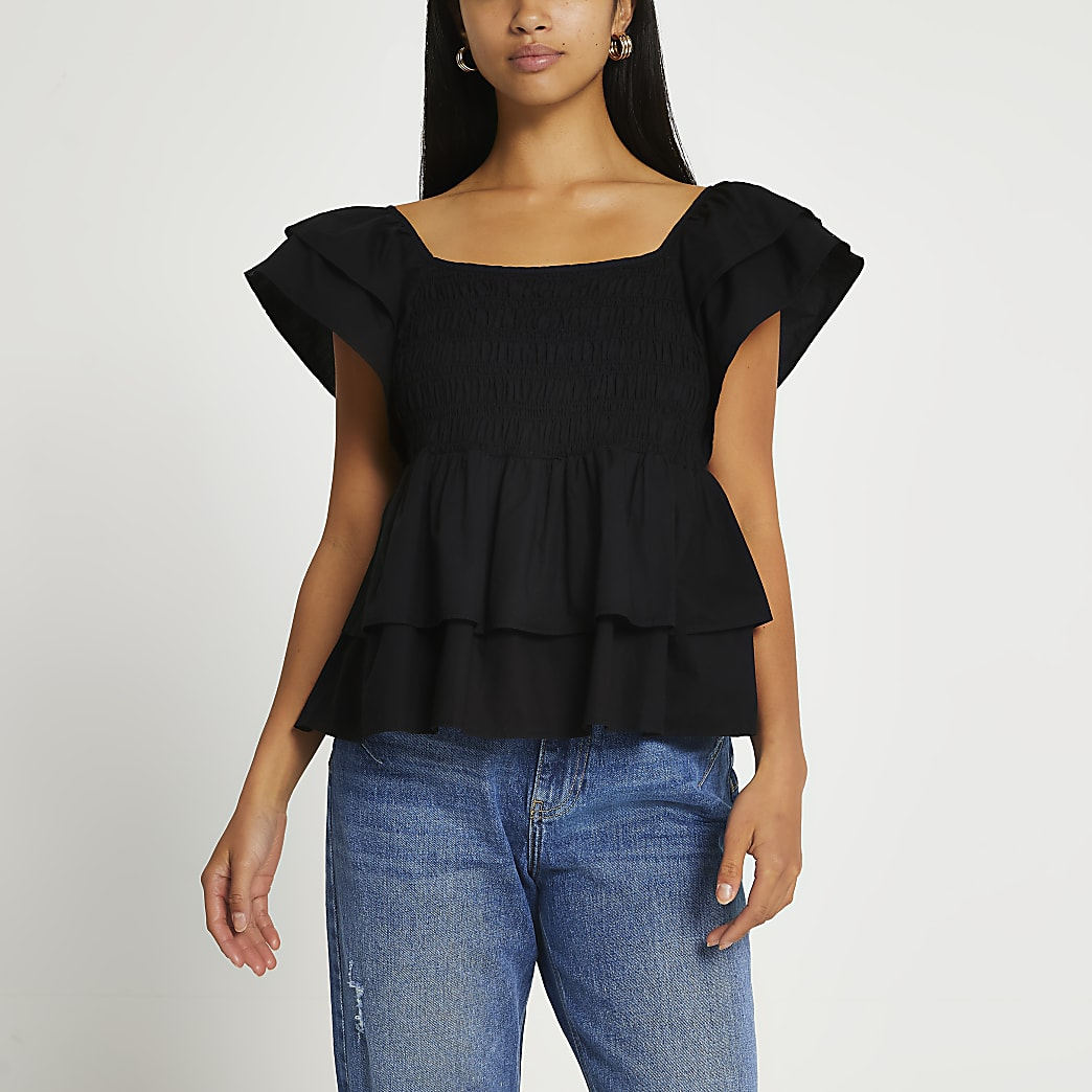 Petite black short sleeve frill poplin top