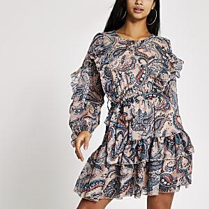 RI Petite - Blauwe mini-jurk met paisleystrikceintuur