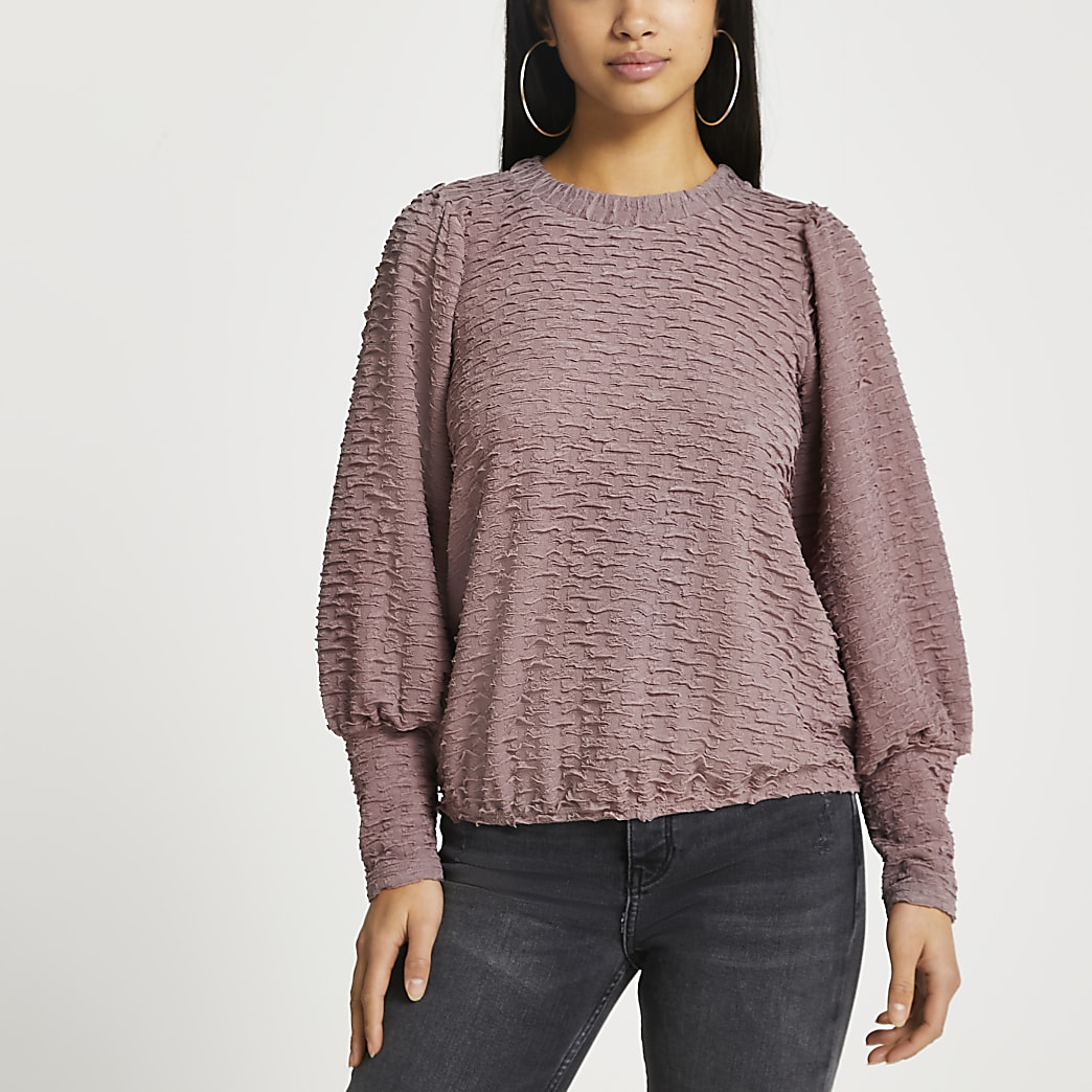 Petite brown puff sleeve textured top