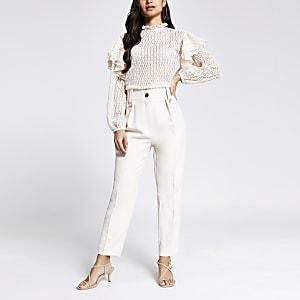 Petite– Pantalon fuselé avec pattesà la ceinture crème