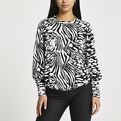 Petite white animal print puff sleeve top