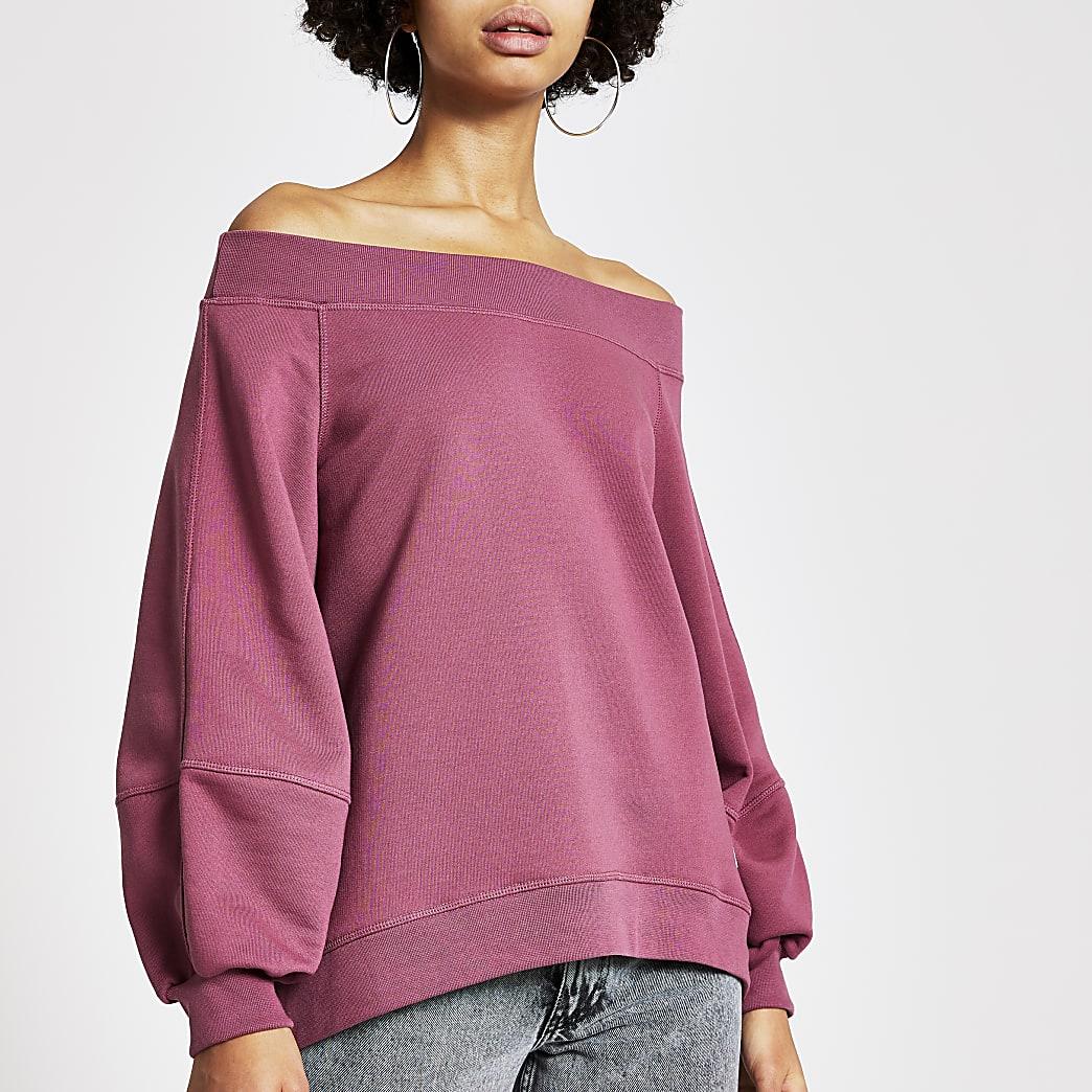 Roze bardotsweater met blousonmouwen