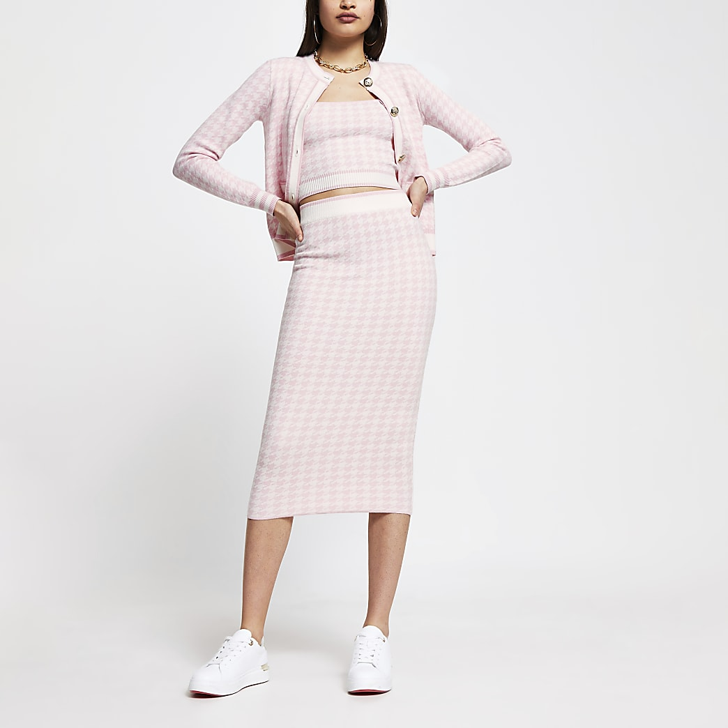 Pink dogtooth knitted midi skirt