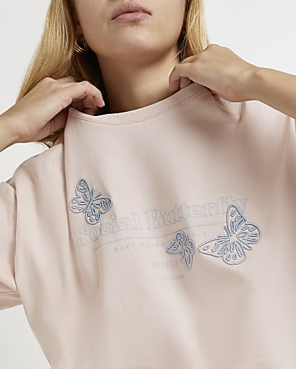 Pink embroidered butterfly oversized t-shirt