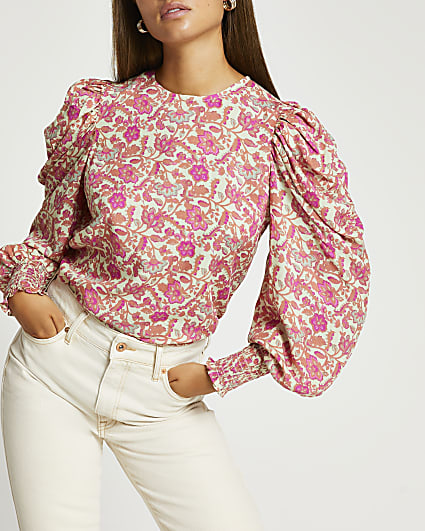 Pink floral print puff sleeve top
